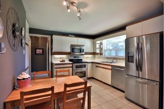 Photo 7: 1334 Glen Rutley Circle in Mississauga: Applewood House (2-Storey) for sale : MLS®# W3827451