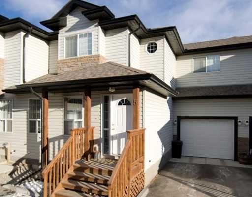 Main Photo: : Cochrane Townhouse for sale : MLS®# C3301296