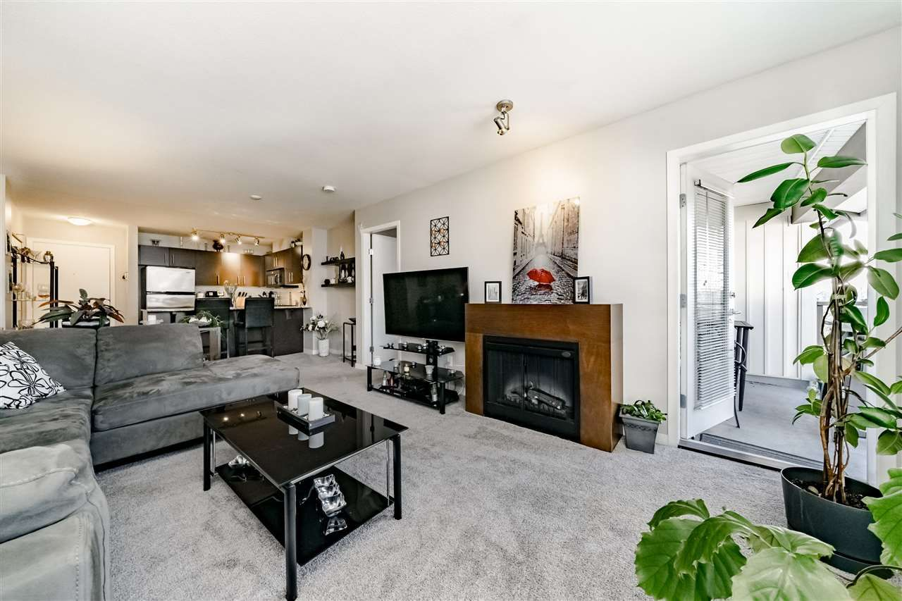 """Main Photo: 403 11667 HANEY Bypass in Maple Ridge: West Central Condo for sale in """"HANEY'S LANDING"""" : MLS®# R2336423"""