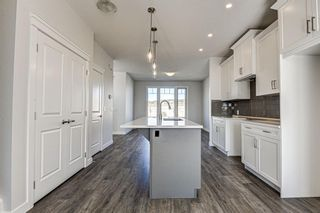Photo 15: 136 Creekside Drive SW in Calgary: C-168 Semi Detached for sale : MLS®# A1108851