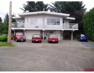Main Photo: 46680 - 46682 ANDREWS Avenue in Chilliwack: Chilliwack E Young-Yale Duplex for sale : MLS®# R2321242