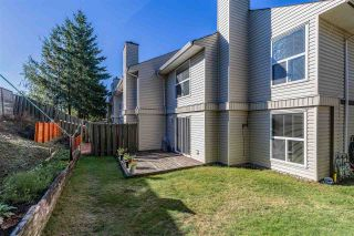Photo 3: 300 32550 MACLURE Road in Abbotsford: Abbotsford West Townhouse for sale : MLS®# R2503591