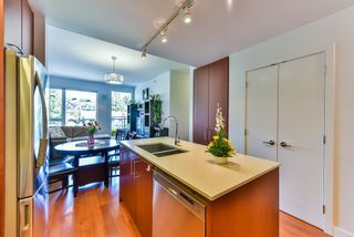 """Photo 5: 512 221 E 3RD Street in North Vancouver: Lower Lonsdale Condo for sale in """"ORIZON"""" : MLS®# R2276103"""