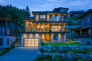 """Photo 1: 2237 WINDSAIL Place in Squamish: Plateau House for sale in """"Crumpit Woods"""" : MLS®# R2621159"""