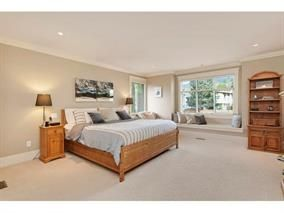 Photo 10: 309 E 26TH Street in North Vancouver: Upper Lonsdale House for sale : MLS®# R2013025