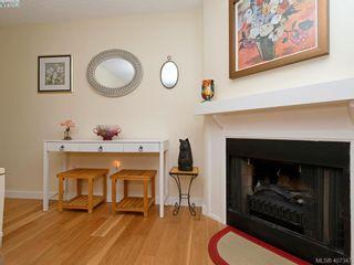 Photo 5: 204 1527 Coldharbour Rd in VICTORIA: Vi Jubilee Condo for sale (Victoria)  : MLS®# 809505