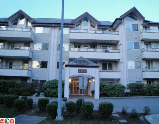 """Main Photo: 405 2526 LAKEVIEW Crescent in Abbotsford: Central Abbotsford Condo for sale in """"Mill Spring Manor"""" : MLS®# F1005355"""