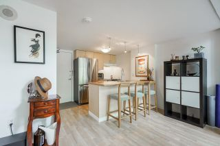 """Photo 12: 518 22 E CORDOVA Street in Vancouver: Downtown VE Condo for sale in """"Van Horne"""" (Vancouver East)  : MLS®# R2600370"""