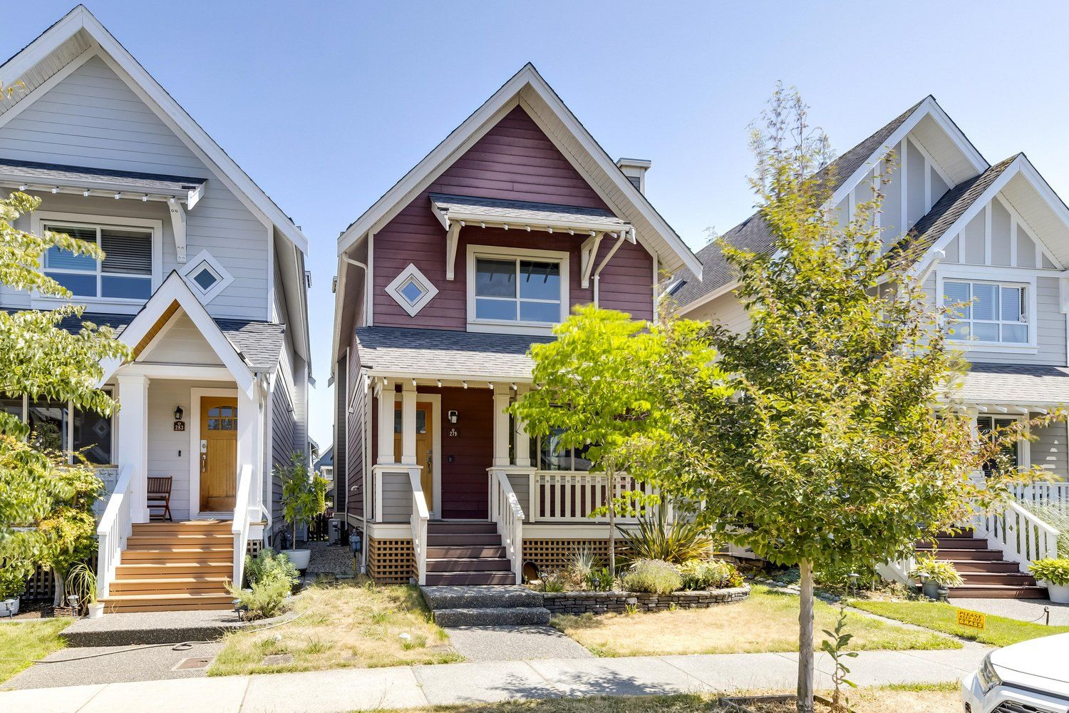 Main Photo: 279 FURNESS Street in New Westminster: Queensborough House for sale : MLS®# R2602213