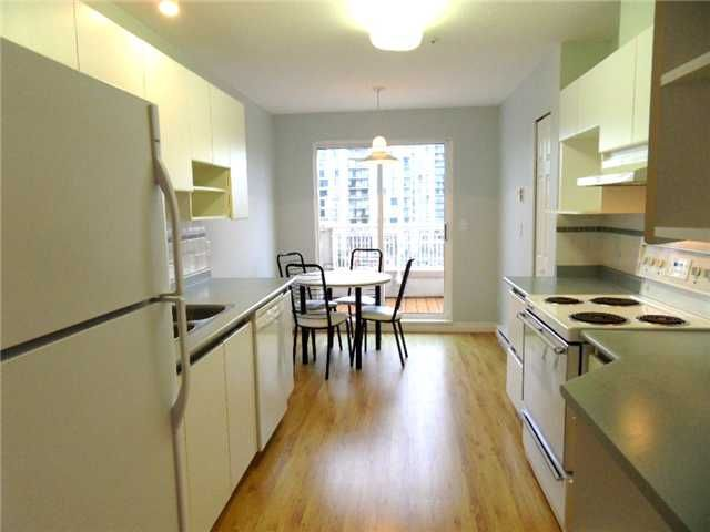 """Main Photo: 414 2990 PRINCESS Crescent in Coquitlam: Canyon Springs Condo for sale in """"The Madison"""" : MLS®# V820603"""