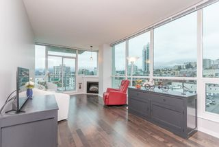 """Photo 5: 1107 138 E ESPLANADE in North Vancouver: Lower Lonsdale Condo for sale in """"PREMIERE AT THE PIER"""" : MLS®# R2602280"""