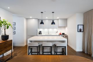 """Photo 6: 380 E 11TH Avenue in Vancouver: Mount Pleasant VE Townhouse for sale in """"UNO"""" (Vancouver East)  : MLS®# R2595479"""