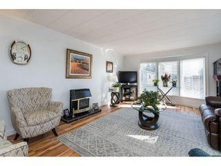 """Photo 4: 157 27111 0 Avenue in Langley: Aldergrove Langley Manufactured Home for sale in """"Pioneer Park"""" : MLS®# R2616701"""
