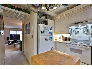 """Photo 10: 88 1561 BOOTH Avenue in Coquitlam: Maillardville Townhouse for sale in """"THE COURCELLES"""" : MLS®# R2010267"""