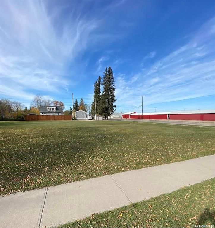 Main Photo: 105 Broadway Avenue South in Melfort: Lot/Land for sale : MLS®# SK871625