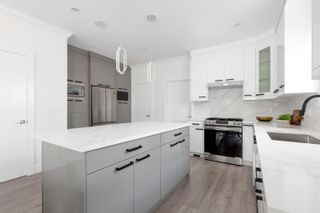 Photo 5: 7359 14TH Avenue in Burnaby: East Burnaby 1/2 Duplex for sale (Burnaby East)  : MLS®# R2611908
