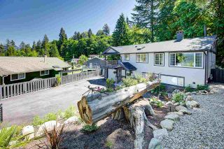 Photo 4: 1029 PALERMO Street in Coquitlam: Chineside House for sale : MLS®# R2587663