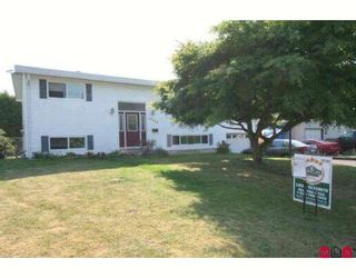 Photo 1: 10314 GRANT Street in Chilliwack: Fairfield Island House for sale : MLS®# H2804115