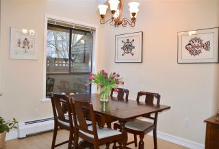 """Photo 5: PH2 2320 W 40TH Avenue in Vancouver: Kerrisdale Condo for sale in """"MANOR GARDENS"""" (Vancouver West)  : MLS®# R2434929"""