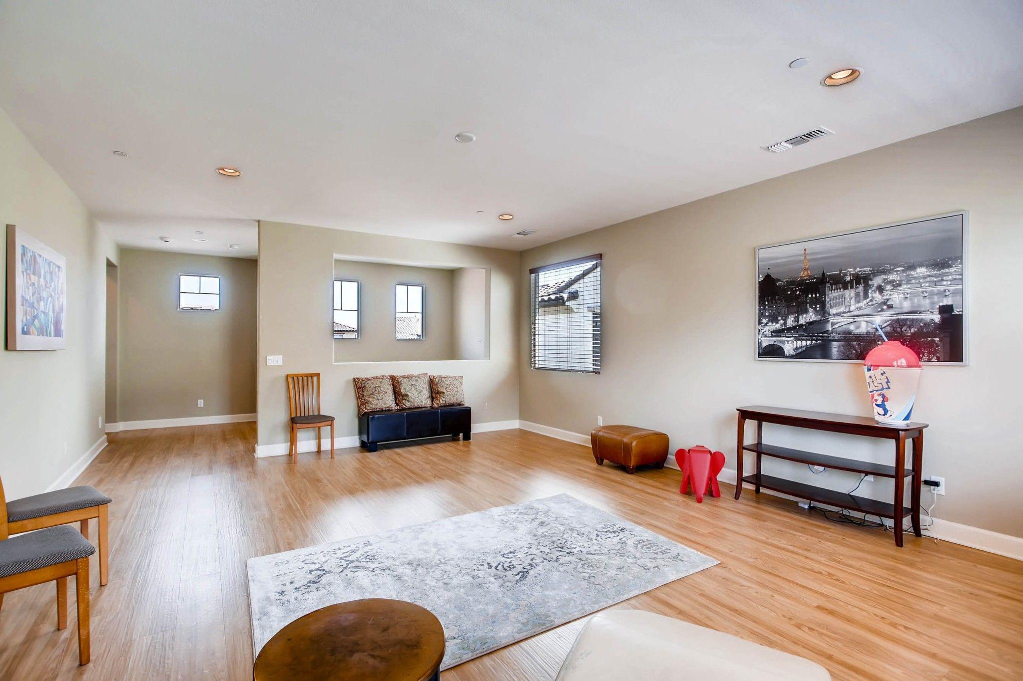 Photo 22: Photos: Residential for sale : 5 bedrooms : 443 Machado Way in Vista