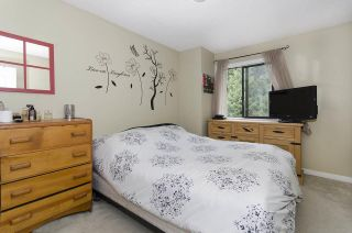 """Photo 6: 42 6633 138 Street in Surrey: East Newton Townhouse for sale in """"Hyland Creek Estates"""" : MLS®# R2360110"""