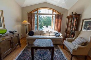 Photo 3: 149 Southbridge Drive in Winnipeg: Southdale Residential for sale (2H)  : MLS®# 202113556