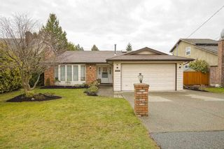 """Photo 1: 16112 10 Avenue in Surrey: King George Corridor House for sale in """"South Meridian/ McNally Creek"""" (South Surrey White Rock)  : MLS®# R2436037"""