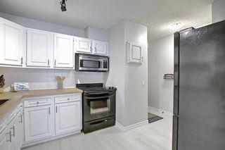 Photo 12: 1701 2520 Palliser Drive SW in Calgary: Oakridge Row/Townhouse for sale : MLS®# A1099510