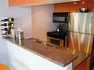"""Photo 5: 1402 928 RICHARDS Street in Vancouver: Downtown VW Condo for sale in """"THE SAVOY"""" (Vancouver West)  : MLS®# V826168"""