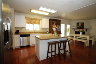 Photo 8: CARLSBAD SOUTH Manufactured Home for sale : 2 bedrooms : 7335 San Bartolo in Carlsbad