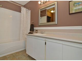 """Photo 9: 271 27411 28TH Avenue in Langley: Aldergrove Langley Townhouse for sale in """"Alderview"""" : MLS®# F1305689"""