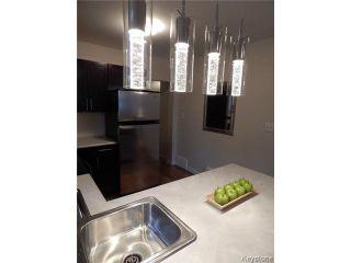 Photo 4: 257 Kilbride Avenue in WINNIPEG: West Kildonan / Garden City Residential for sale (North West Winnipeg)  : MLS®# 1408120