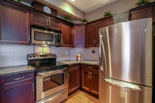 """Photo 9: 1 6885 208A Street in Langley: Willoughby Heights Townhouse for sale in """"Milner Heights"""" : MLS®# R2019684"""