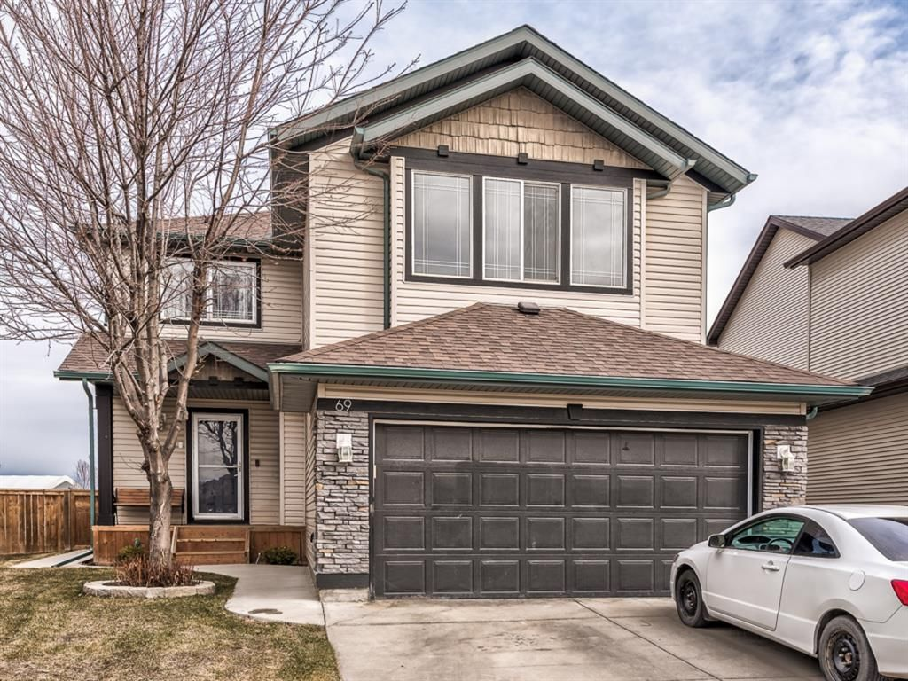 Main Photo: 69 Thornfield Close SE: Airdrie Detached for sale : MLS®# A1093545