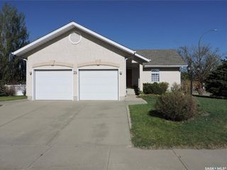 Photo 3: 29 Caldwell Drive in Yorkton: Weinmaster Park Residential for sale : MLS®# SK856115