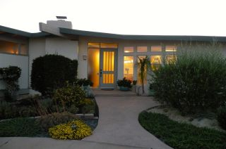 Photo 1: POINT LOMA House for sale : 3 bedrooms : 1560 Plum St in San Diego