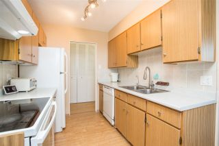 """Photo 5: 1506 5645 BARKER Avenue in Burnaby: Central Park BS Condo for sale in """"Central Park Place"""" (Burnaby South)  : MLS®# R2495598"""