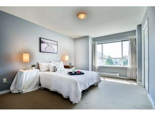 """Photo 13: 9 20159 68 Avenue in Langley: Willoughby Heights Townhouse for sale in """"VANTAGE"""" : MLS®# F1449062"""
