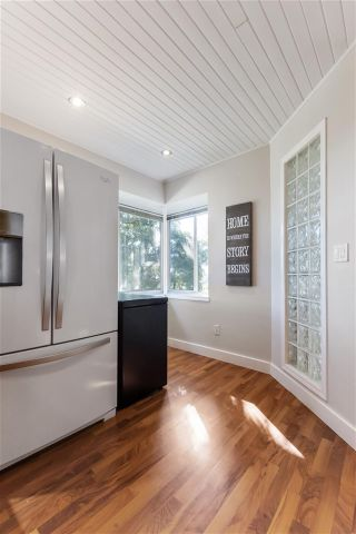 """Photo 14: 20 181 RAVINE Drive in Port Moody: Heritage Mountain Townhouse for sale in """"The Viewpoint"""" : MLS®# R2568022"""