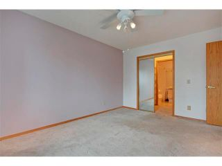 Photo 15: 43 LINCOLN Manor SW in Calgary: Lincoln Park House for sale : MLS®# C4008792