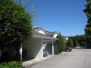 """Photo 1: 4 22411 124 Avenue in Maple Ridge: East Central Townhouse for sale in """"CREEKSIDE VILLAGE"""" : MLS®# R2287329"""