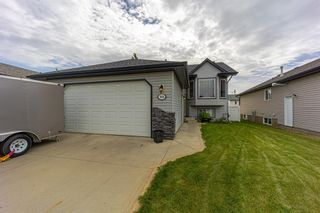 Main Photo: 99 Inglis Crescent: Red Deer Detached for sale : MLS®# A1112837
