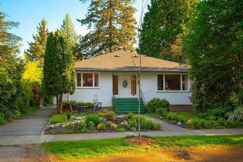 FEATURED LISTING: 4030 33RD Avenue West Vancouver
