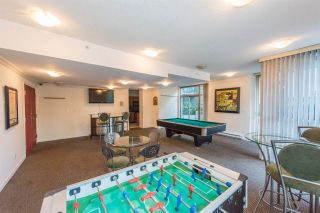"""Photo 14: 1405 928 RICHARDS Street in Vancouver: Yaletown Condo for sale in """"SAVOY"""" (Vancouver West)  : MLS®# R2107849"""