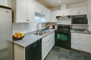 "Photo 7: 105 19241 FORD Road in Pitt Meadows: Central Meadows Condo for sale in ""VILLAGE GREEN"" : MLS®# V983320"