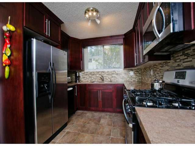 """Photo 4: Photos: 10470 SANTA MONICA Drive in Delta: Nordel House for sale in """"CANTERBURY HEIGHTS"""" (N. Delta)  : MLS®# F1405852"""