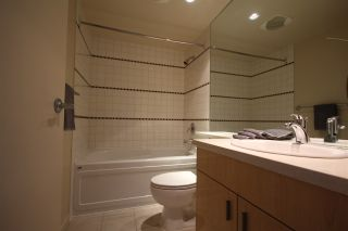 """Photo 10: 1003 1033 MARINASIDE Crescent in Vancouver: Yaletown Condo for sale in """"Quaywes"""" (Vancouver West)  : MLS®# R2007255"""
