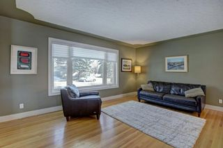 Photo 10: 6427 Larkspur Way SW in Calgary: North Glenmore Park Detached for sale : MLS®# A1079001