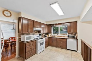 Photo 10: 221 Dalcastle Close NW in Calgary: Dalhousie Detached for sale : MLS®# A1148966