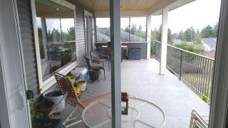 Photo 5: 6347 SAMRON Road in Sechelt: Sechelt District House for sale (Sunshine Coast)  : MLS®# R2426057